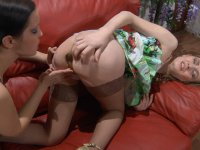 Lesbian babe warms up herself before dipping a dildo into babe�s asshole