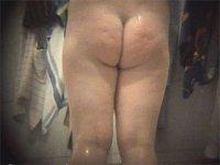 Voyeur scrutinizes bare buns in girls\' locker room