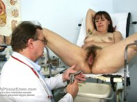 FFlthy gynecologist tits and pussy gyno exam weird mom at kinky clinic