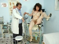 Nasty professor gyno vagina exam with speculum deviated woman at gyn clinic