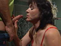 Crummy mature chick dropping on her knees getting used anally by her lover