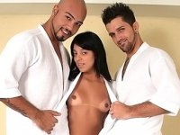 Bi hunks and a brunette get their asses dicked