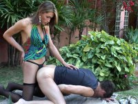 Lewd shemale lowering her pantyhose to give guy new back-packing sensation